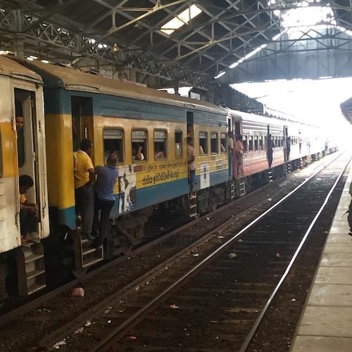 Train Travel in Sri Lanka - Galle Fort Train Station