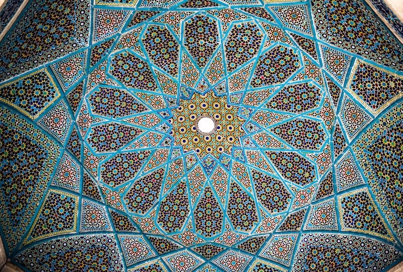 Iran travel for Brits Americans and Candians - soul travel blog