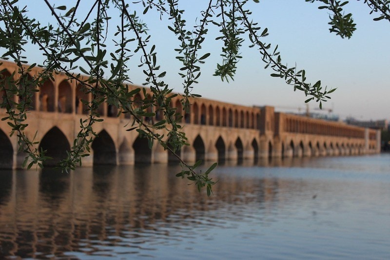 Iran travel can Americans travel to Iran? Guide to how British Americans and Canadians can travel to Iran