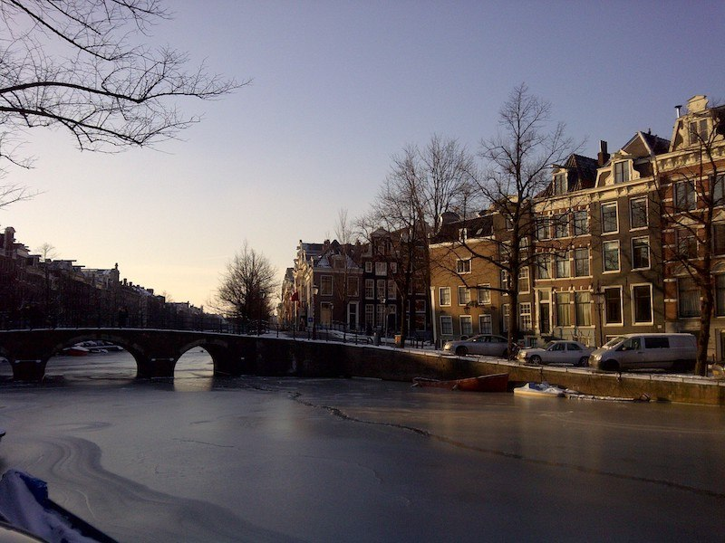 a guide to responsible travel in Amsterdam and eco friendly hotels