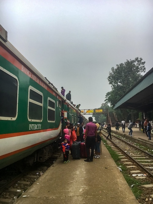 The Maitree Express: Kolkata to Dhaka by Train.