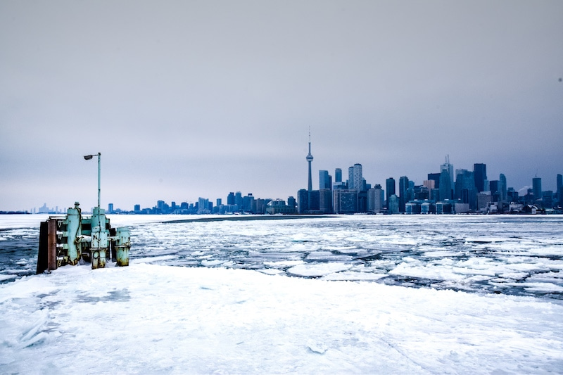 winter toronto islands